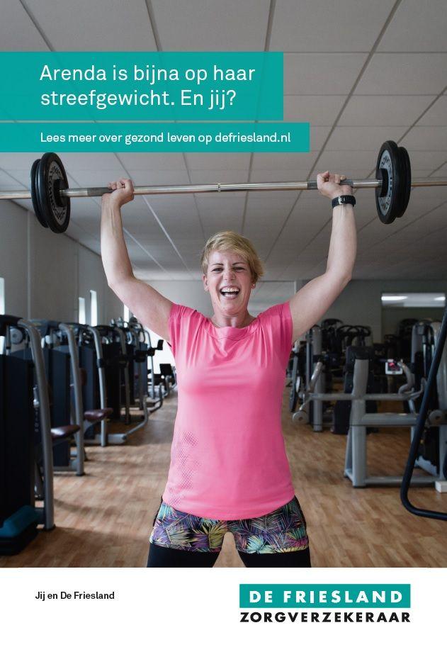 Ongeveer 1,5 jaar geleden is het roer omgegaan. Ik ben gaan sporten om zo van mijn overgewicht af te komen. Daarnaast vond ik dat ik gezonder moest leven om zo gezondheidsrisico's te beperken.   Ik volg geen speciaal dieet, maar let wel op mijn voeding en beweeg heel veel. Op dit moment sport ik fanatiek, zo'n 25 uur per maand en het werkt. De afgelopen 18 maanden ben ik bijna 40 kilo afgevallen.   Zo zie je maar wat je kunt bereiken met sporten, gezonde voeding en doorzettingsvermogen.