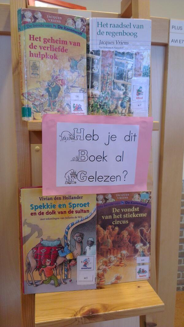 Stel wat getipte boeken ten toon. Wissel dit vaak af. Nog leuker: laat leerkrachten, ouders of leerlingen op een post it een tip schrijven.