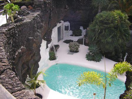 César Manrique / Swimming Pool / Foundation Centre / Lanzarote