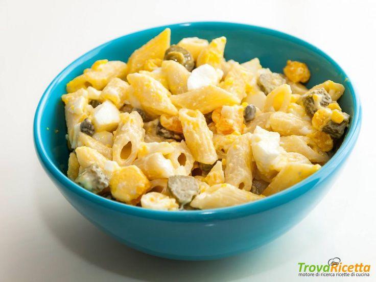 Pasta tonnata con uova, cetriolini, tonno e maionese  #ricette #food #recipes