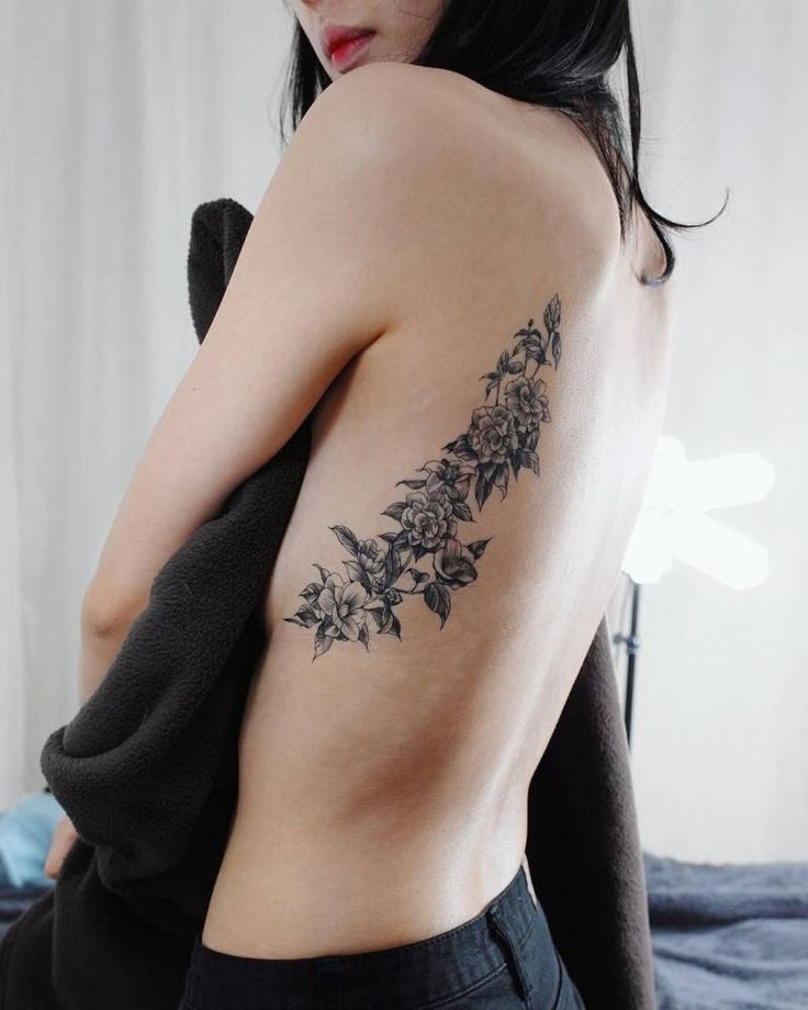 Best 25 side back tattoos ideas on pinterest for Side back tattoo