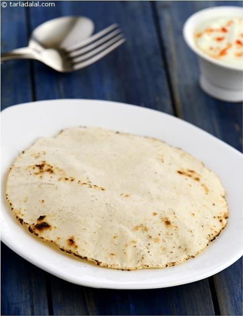 Coorgi Roti recipe | Indian Subzi Recipes | by Tarla Dalal | Tarladalal.com | #4384