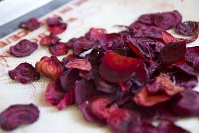 Beet Chips | Myhttender | Pinterest