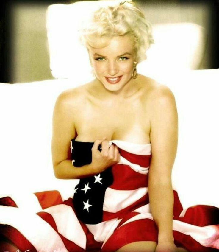 HAPPY 4TH OF JULY FROM  ME AND MARILYN MONROE