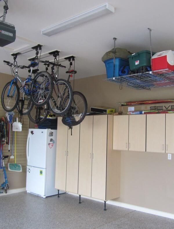 Rangement Plafond Garage Venus Et Judes Rangement Au Plafond Armoire Rangement Garage Rangement Remise