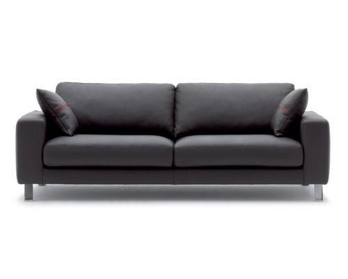 Nowoczesna sofa http://esencjadesign.pl/rigosalotti/3037-sofa-jack.html