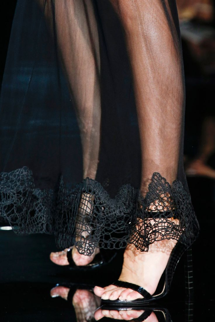Tom Ford Spring 2014 RTW - Details - Fashion Week - Runway, Fashion Shows and Collections - Vogue