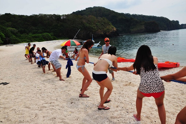 Team Building Activities: Tug-of-War on Sepoc Beach