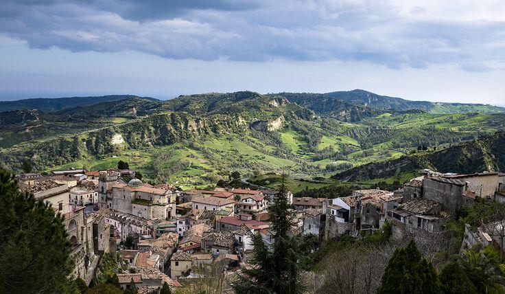 Borgo antico di Stilo, Monte Consolino, Calabria, Italy marzo 2016 #stilo #calabria