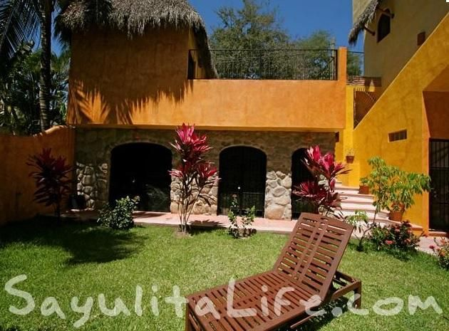 Casa namaste 2 bedroom vacation rental in sayulita mexico for Casa jardin sayulita