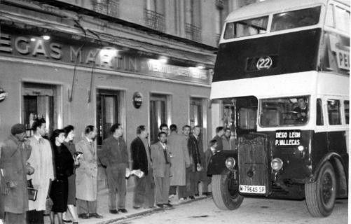 Foto antigua autobús Diego de León-Vallecas MADRID