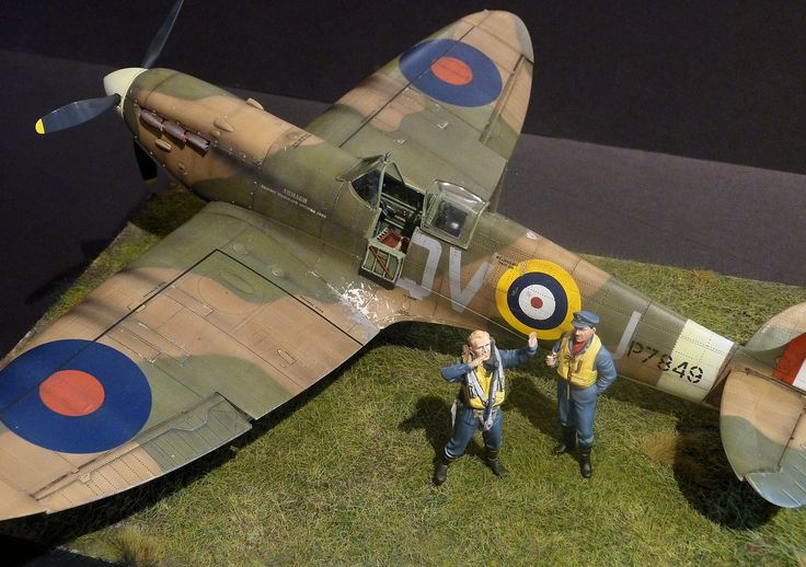 """The Modelling News: """"Rabbit Leader, Revell MK.II take-off"""" - François builds the new tool 1/32nd Revell Spitfire Mk.IIa"""