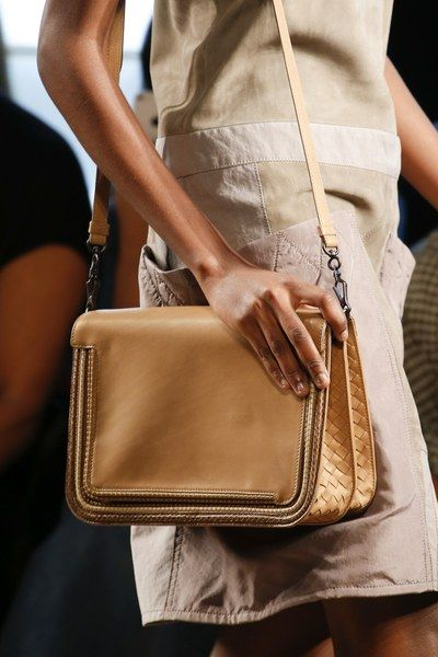 1731acec01d4 Bottega Veneta Spring 2016 Ready-to-Wear Fashion Show in 2018 ...