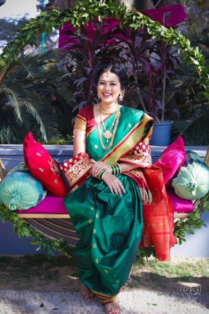 Stunning maharashtrian bride in a traditional nine yards saree and jewellery top  | WedMeGood| #wedmegood #indianweddings #saree #nineyards #navvari #maharashtrian #maharashtra #traditionalsaree