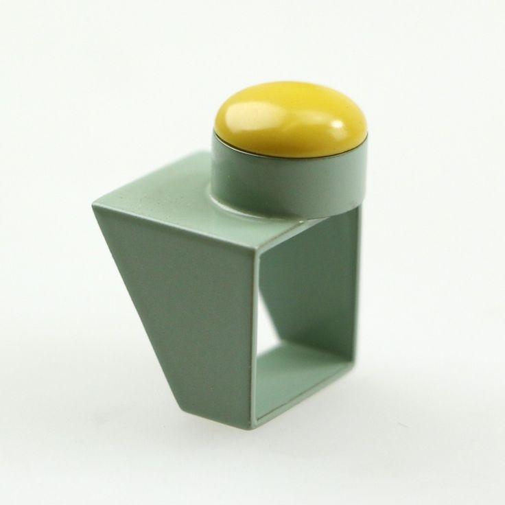 kioko hashimoto Little Miss Square Ring (sage green) mustard