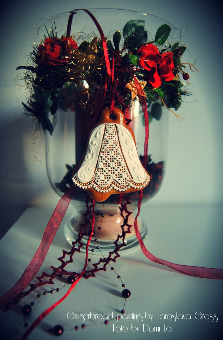 Photo by DomiLa , my mother and her gingerbread works