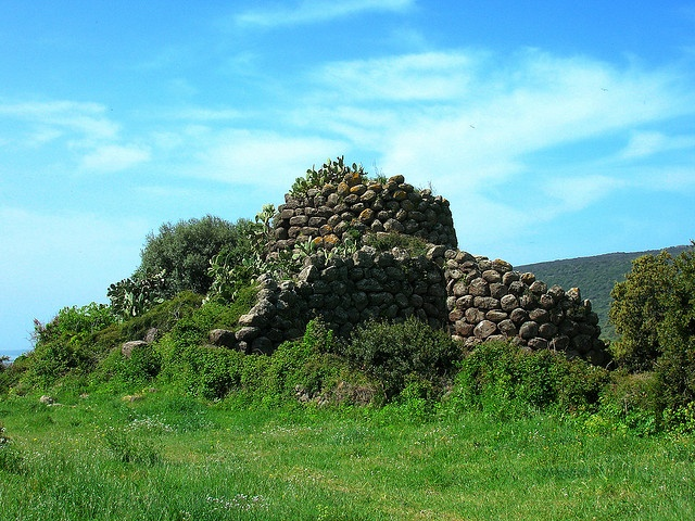 Nuraghe Mesu majore by ojosdesign, via Flickr