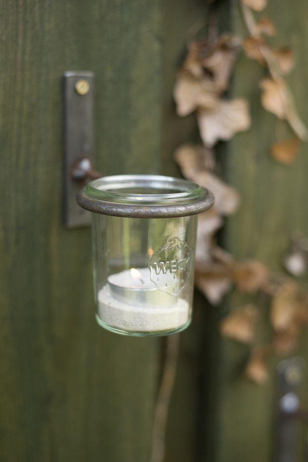 Vintage Gartendeko: Wandhalter für Einmachgläser und Töpfe / gardening: vintage candle holder made of a mason jar made by Timmasiru via DaWanda.com