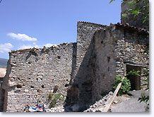 Saint-Auban-sur-l'Ouvèze, stenen huis