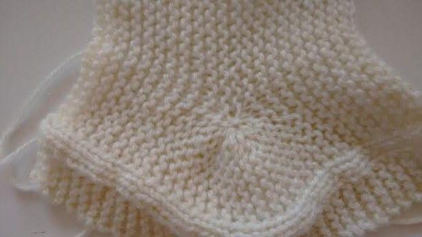 Receita da Botinha Para Bebês Em Tricô Revista Mon Tricot Receita da Botinha Material Agulha 4. Lã compatível Colocar 27 pont...