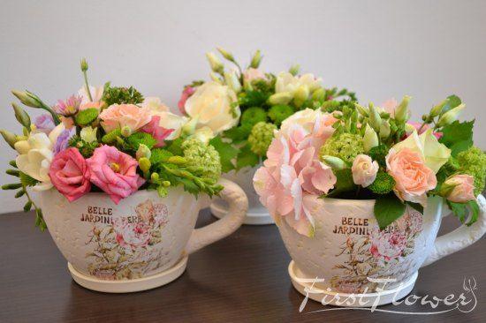 Cescute cu flori roz pentru nunta!