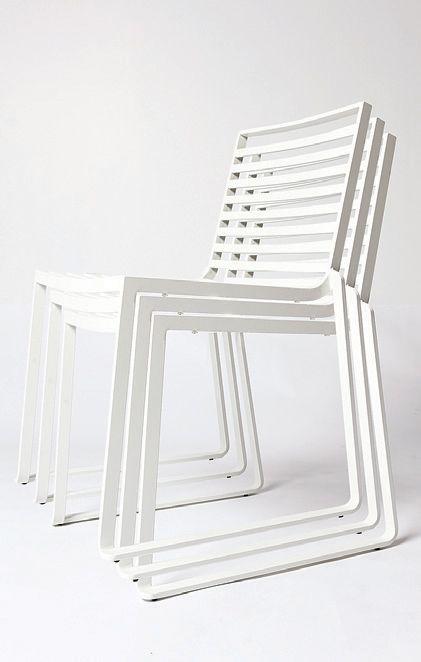 Ultra Modern Outdoor Dining Furniture Set – Clovelly by Harbour Outdoor | DigsDigs