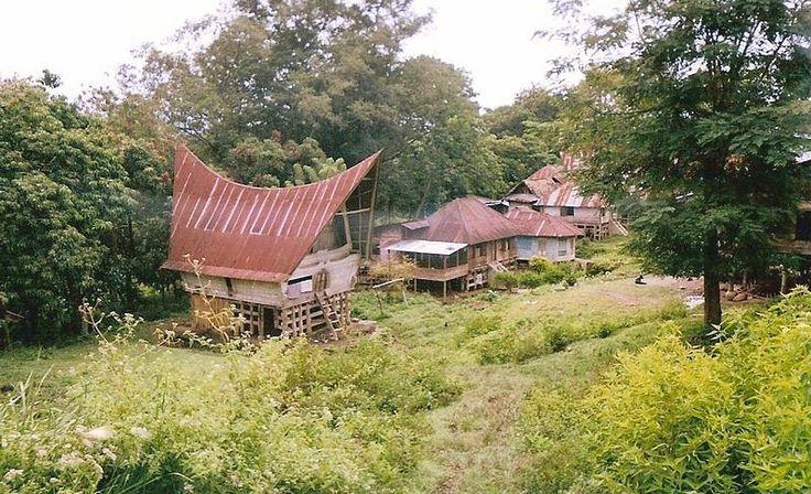 Indonesian Tourism: Lake Toba