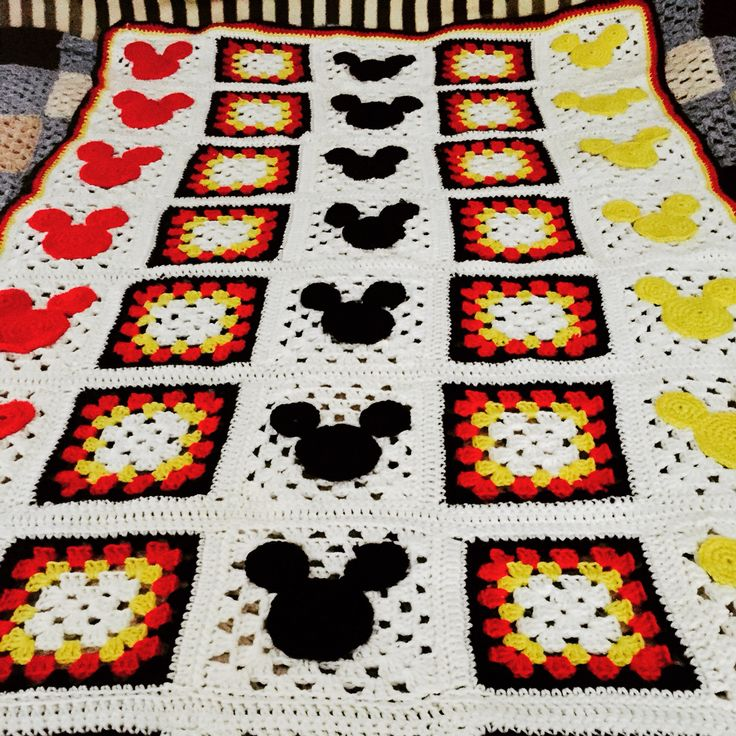 Mickey Mouse Crochet Afghan Pattern Free : Crochet Mickey Mouse throw blanket Crochet project ...