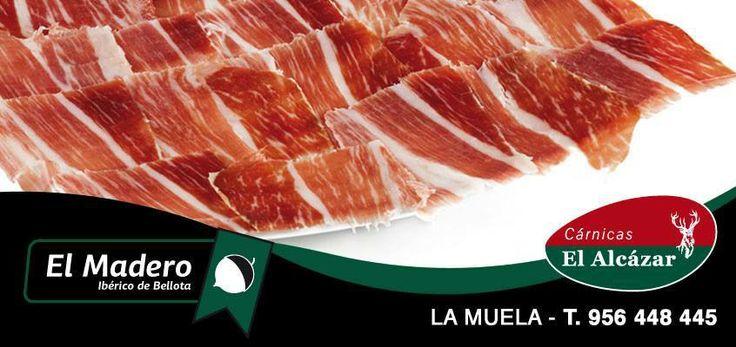 """Jamón y Paleta de Bellota """"El Madero""""… así comer se convierte en placer.  Productos gourmet por excelencia. Procedente de un cerdo de raza ibérica, salvaje y alimentado de forma natural con bellotas y hierbas de nuestra dehesa. Su proceso de elaboración es completamente artesanal y su curación natural se realiza en nuestros secaderos y bodegas, su único aditivo es sal marina. Comer jamón """"El Madero"""" te ayuda a reducir el colesterol.  www.carnicaselalcazar.com"""