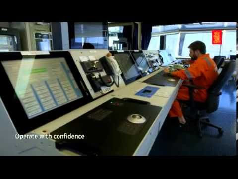 The art of controlling an LNG carrier - YouTube