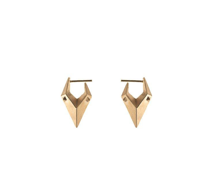 """""""China Girl"""" ørering fra Maria Black: Super fede øreringe i forgyldt sølv. Øreringene fås enkeltvis. Designet er skarpt, råt og super trendy - Maria Black når det er allerbedst! #mariablack #mariablackjewellery"""
