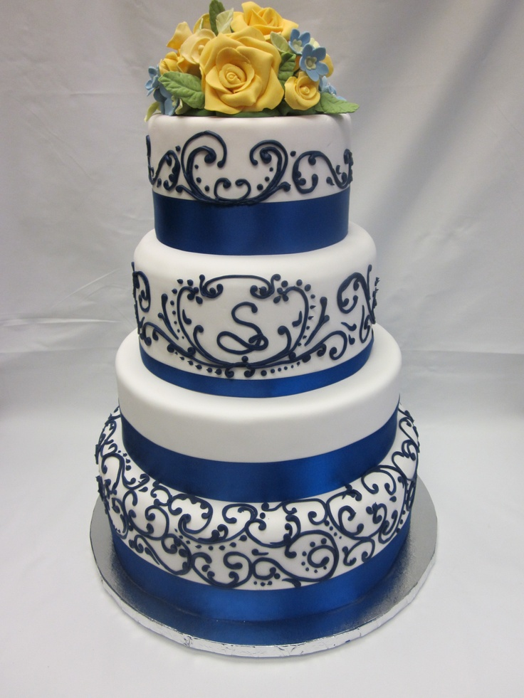 cakes for weddings blue sapphire wedding cake i like the letter on the cake 2372