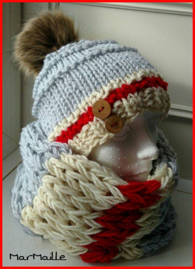 Work sock style hat and neck warmer / Tuque et cache-cou style bas de laine