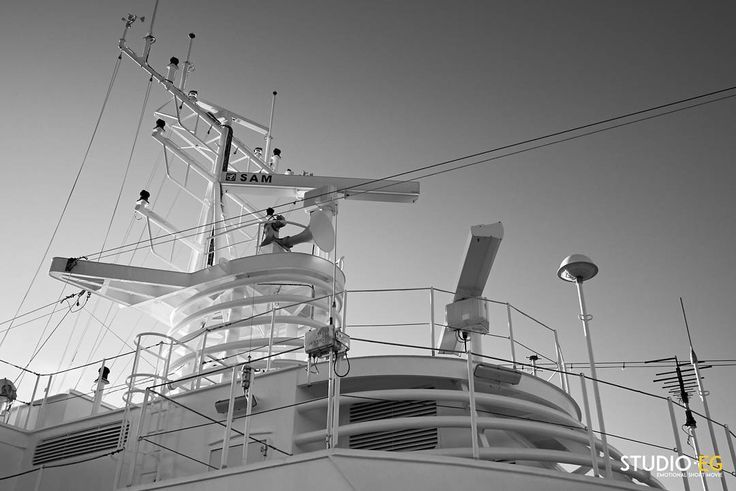 [CRUISE SHIP] On board photographing waiting St. Petersburg  #studioeg #blackandwhite #freedomoftheseas #royalWOW #disneycruiseline #costacruises #msc #msccruises #ncl #norwegiancruiseline#rccl #royalcaribbean #royalcarribean #anthemoftheseas #oasisoftheseas #quantumoftheseas #allureoftheseas #cruise #cruiseship #cruiseships #cruises #cruising #harbor #harbour #ship #ships #kreuzfahrtschiff #kreuzfahrt #cruzeiro