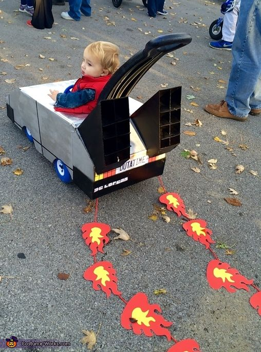 Back to the Future - Halloween Costume Contest via @costume_works