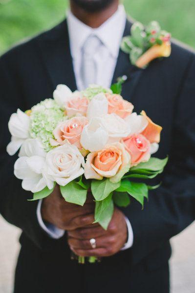 coral/blush/green/white bouquet