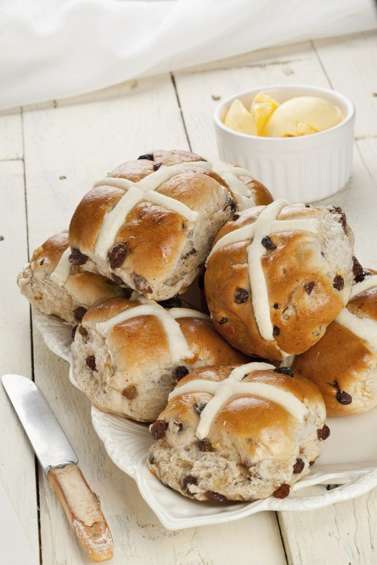 #GlutenFree Hot Cross BunsEaster, Sweets, Food Breads, Baking, Apricot, Cherries, Hot Crosses Buns Recipe, Cranberries, Cardamom Hot