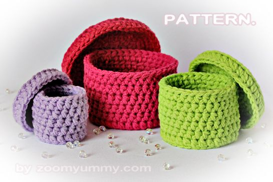 Someday when I learn to crochet.... lil crochet boxes.