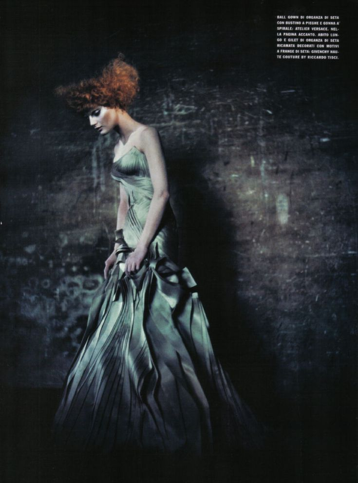 Guinevere van Seenus by Paolo Roversi for Vogue Italia, September 2008 - Ananas à Miami