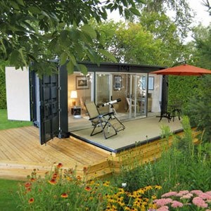 What a great idea !  Shipping container office with deck  #deck #homeoffice