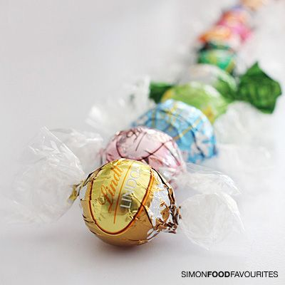 #Lindt #Lindor - so many flavours! Wishing we had them all in New Zealand. However, we do have an assortment box available at http://www.aboutgiving.co.nz/lindt-lindor-chocolates