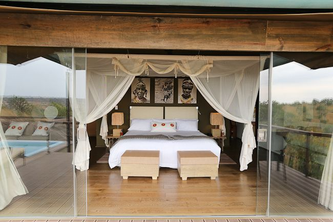 #TarangireSafariLodge offers good quality dry season wildlife, notably superb elephant viewing. http://www.tarangiresafarilodge.com/