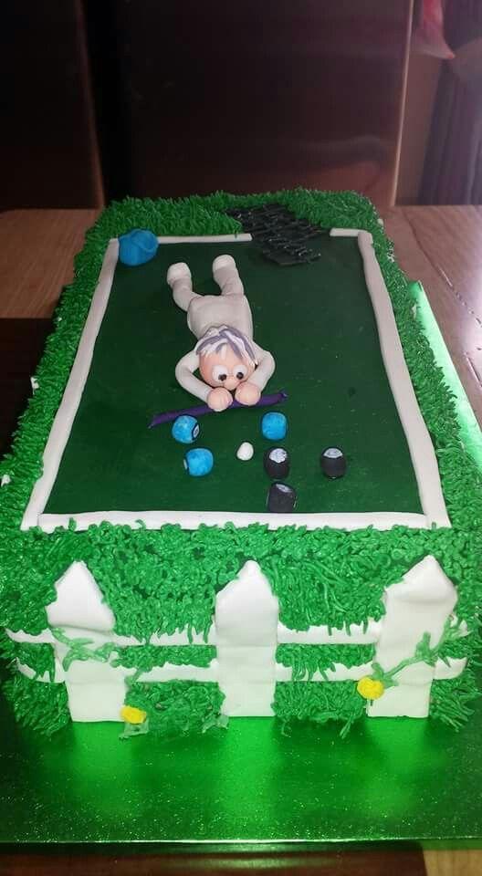 Lawn bowling cake