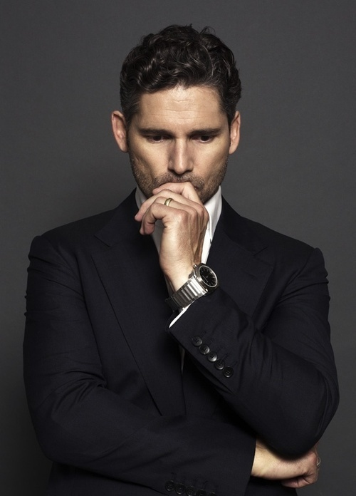 Eric Bana: May I just point out the arms in the jacket?