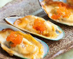 Cheese-Mayo Baked Mussels (Mussels Dynamite) - Rasa Malaysia
