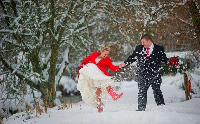 Пальто для невесты на зимней свадьбы