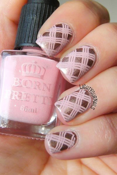 Pink plaid stamping nail art feat. @catriceofficial Go For Gold! and pink stamping polish + Harunouta09 stampng plate from @bornprettystore