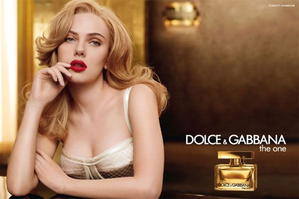 Scarlett Johansson - Dolce & Gabbana The One. Love both the fragrance and the woman modelling