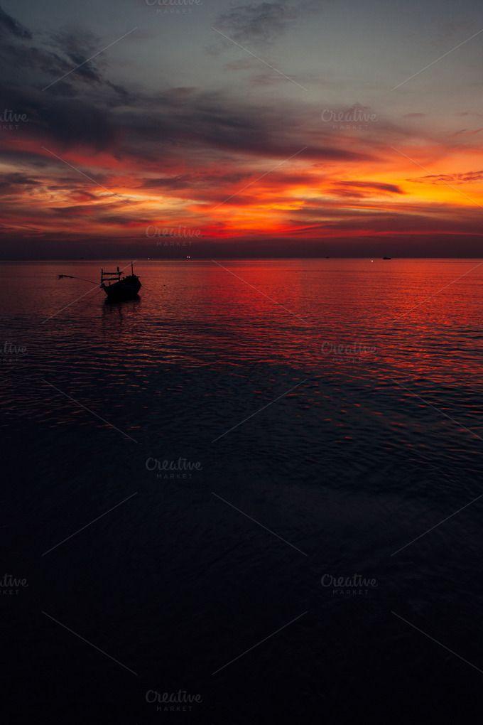 Horizon by Hombre-cz on Creative Market