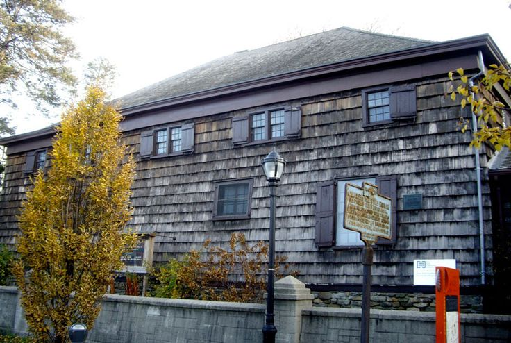 Flushing Quaker Meeting House Built In 1694 Is Not Only The Oldest Remaining Of Worship New York City But Also Second